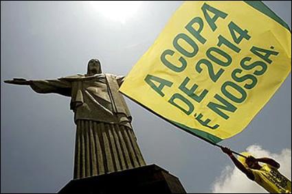 Rio cria serviço de assistência a turistas estrangeiros durante a Copa