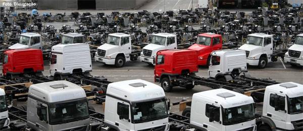 Exportações de veículos brasileiros em 2015 sobe 10,5%